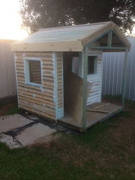 Pallet wood weatherboard cubby house